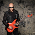 Joe-Satriani-photo-credit-Larry-Dimarzio_04_014