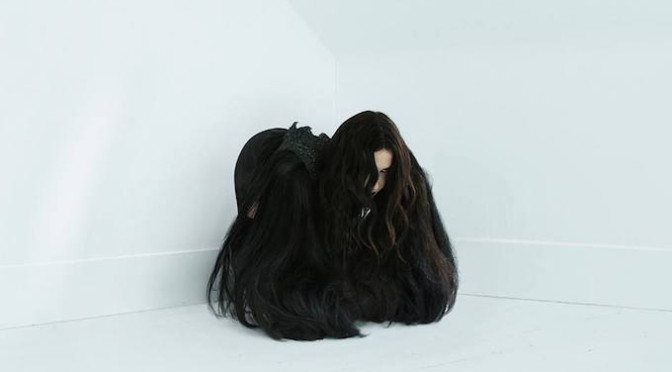 NEW DISC REVIEW + INTERVIEW 【CHELSEA WOLFE : HISS SPUN】